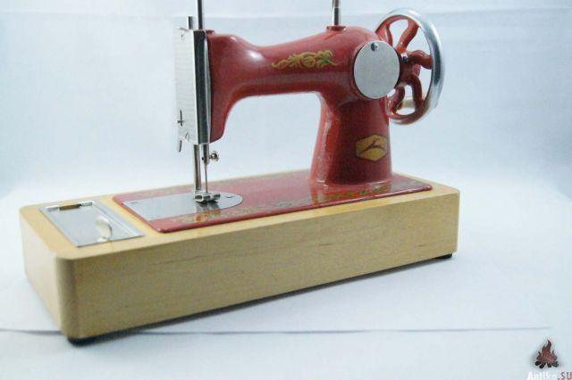 Детская швейная машинка. Шьем с раннего возраста | детские игрушки.