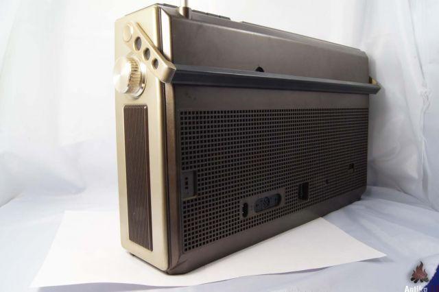 ВИНТАЖ Grundig RR800 магнитола. . Годы выпуска: 1979/1980. . Работает и радио и магнитофон